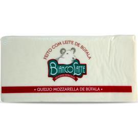 Queijo Bianco Latte Mozzarella em barra Búfala pedaço 520g
