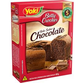 Mistura Yoki para bolo Betty Crocker sabor chocolate 425g